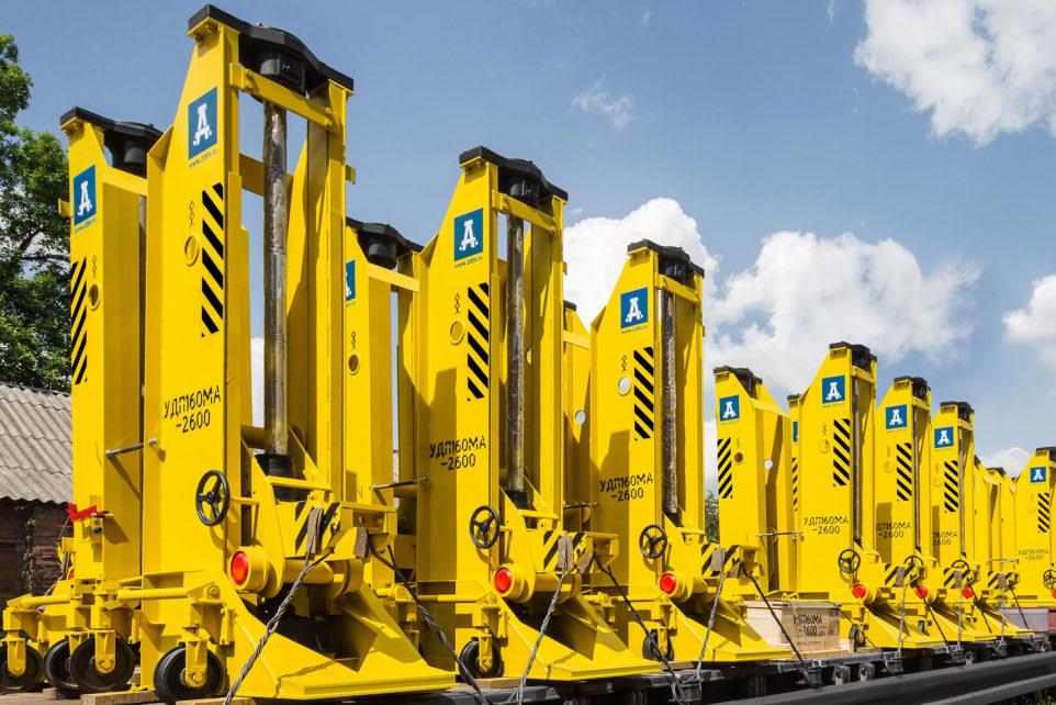 Mobile lifting jacks UDP-120, UDP-160, UDP-200 for railway vehicles
