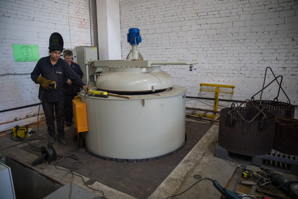 Installation of tempering and cementation furnaces is completed