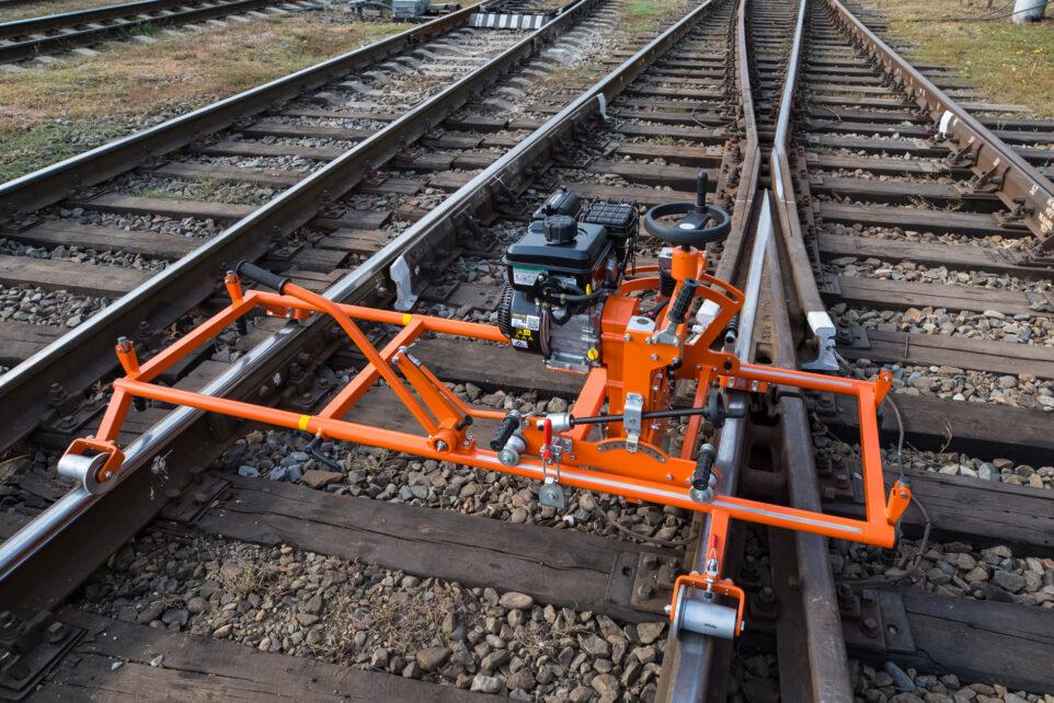 Switch and rail grinding machine SH-2